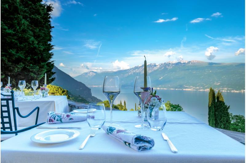 Restaurant mit Ausblick Gardasee